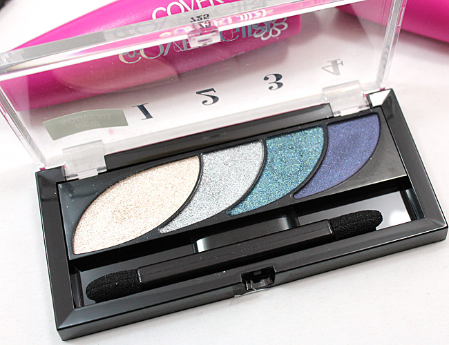 COVERGIRL Eye Shadow Quad in Breathtaking Blues
