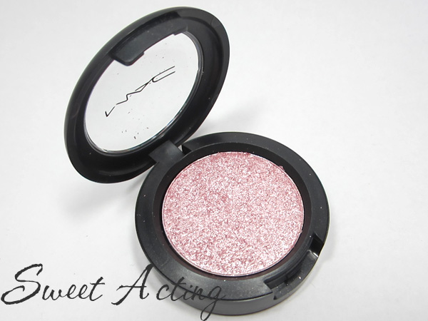 MAC Pressed Pigment Sweet Acting