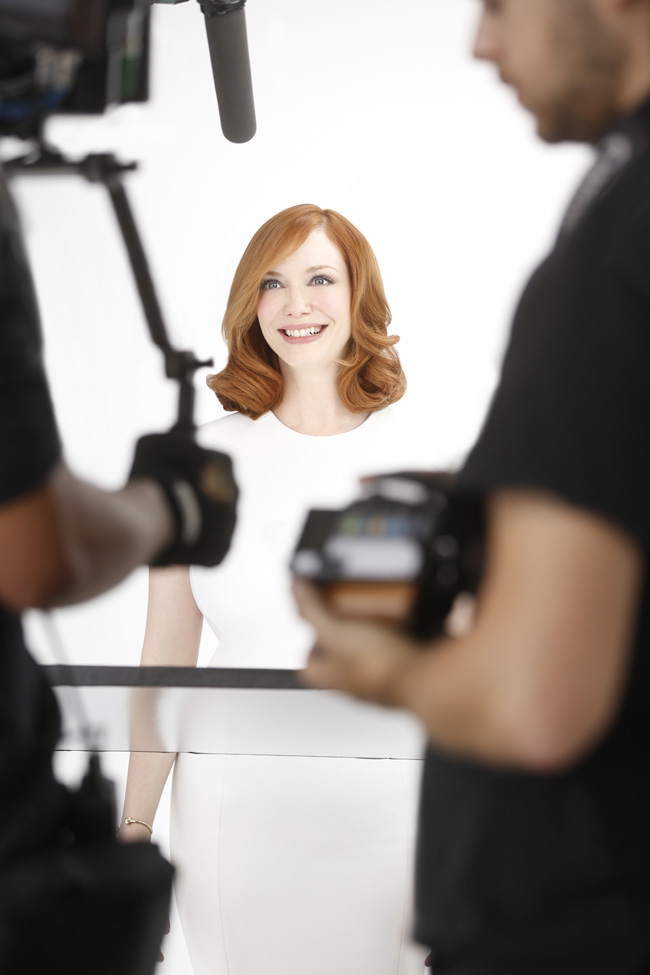 Behind the Scenes with Christina Hendricks for Clairol Nice 'n Easy.