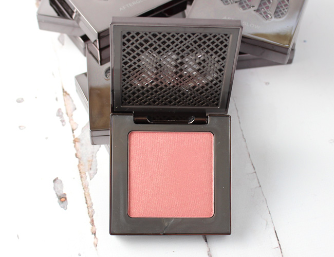 Urban Decay Afterglow 8-Hour Powder Blush: Score