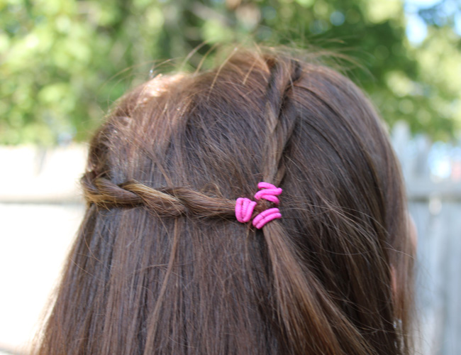 An easy braided hairstyle with the Conair Quick Twist