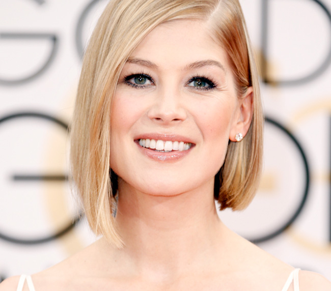 Get the Look: Rosamund Pike at the 2015 Golden Globes