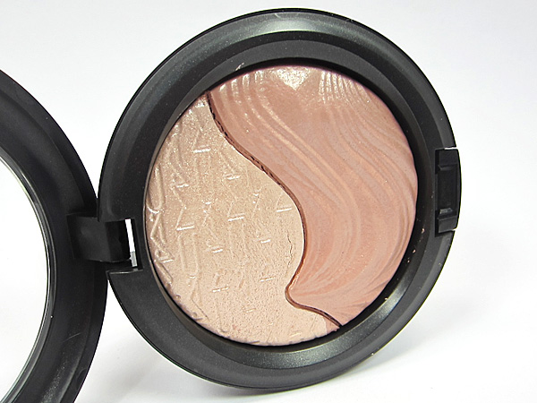 M∙A∙C Definitely Defined Extra Dimension Skinfinish