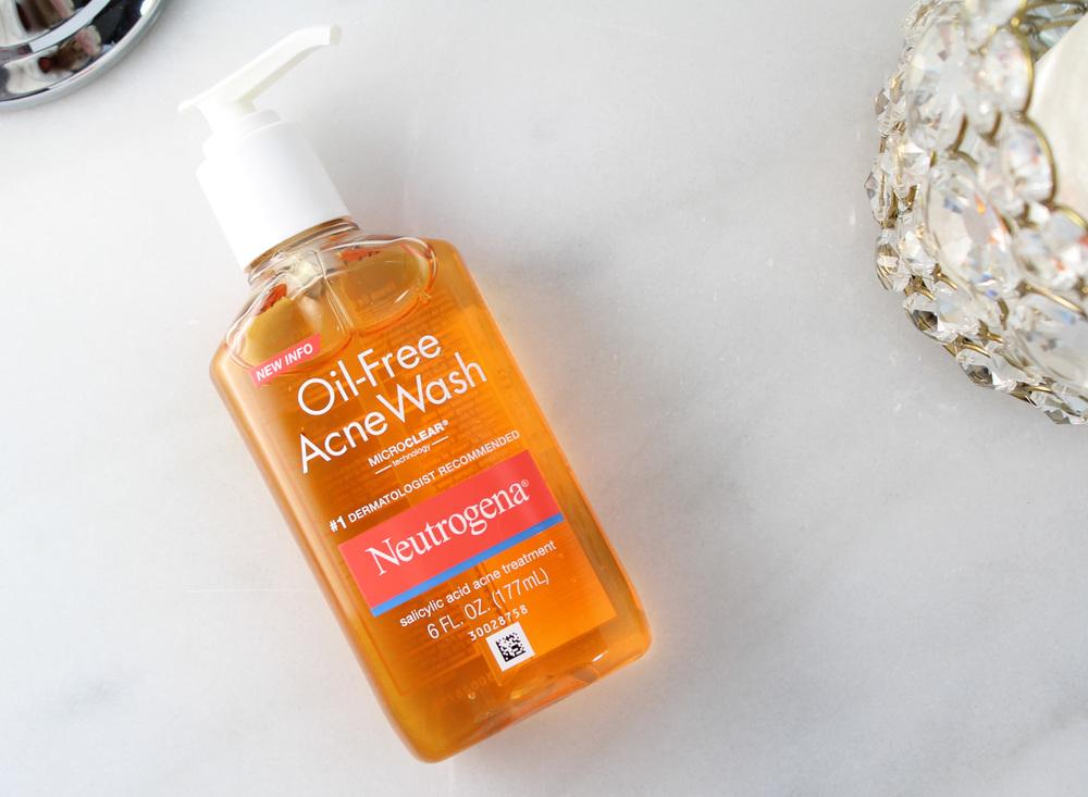 neutrogena_best_loved_beauty_spot_acne_wash.jpg