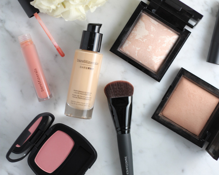 - Around the Clock Coverage:BAREPRO Performance Wear Foundation
