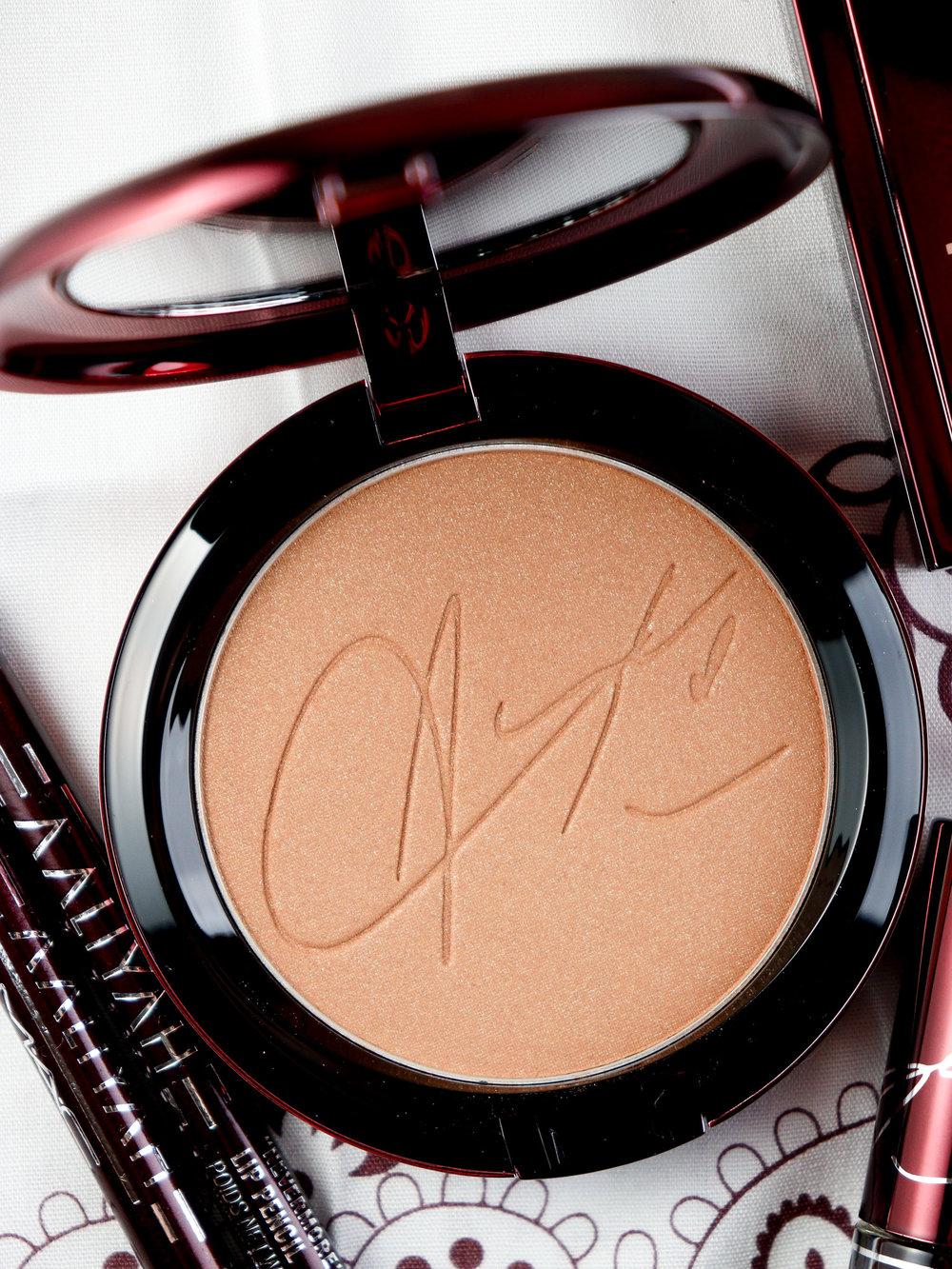 MAC X Aaliyah Collection Baby Girl Bronzing Powder