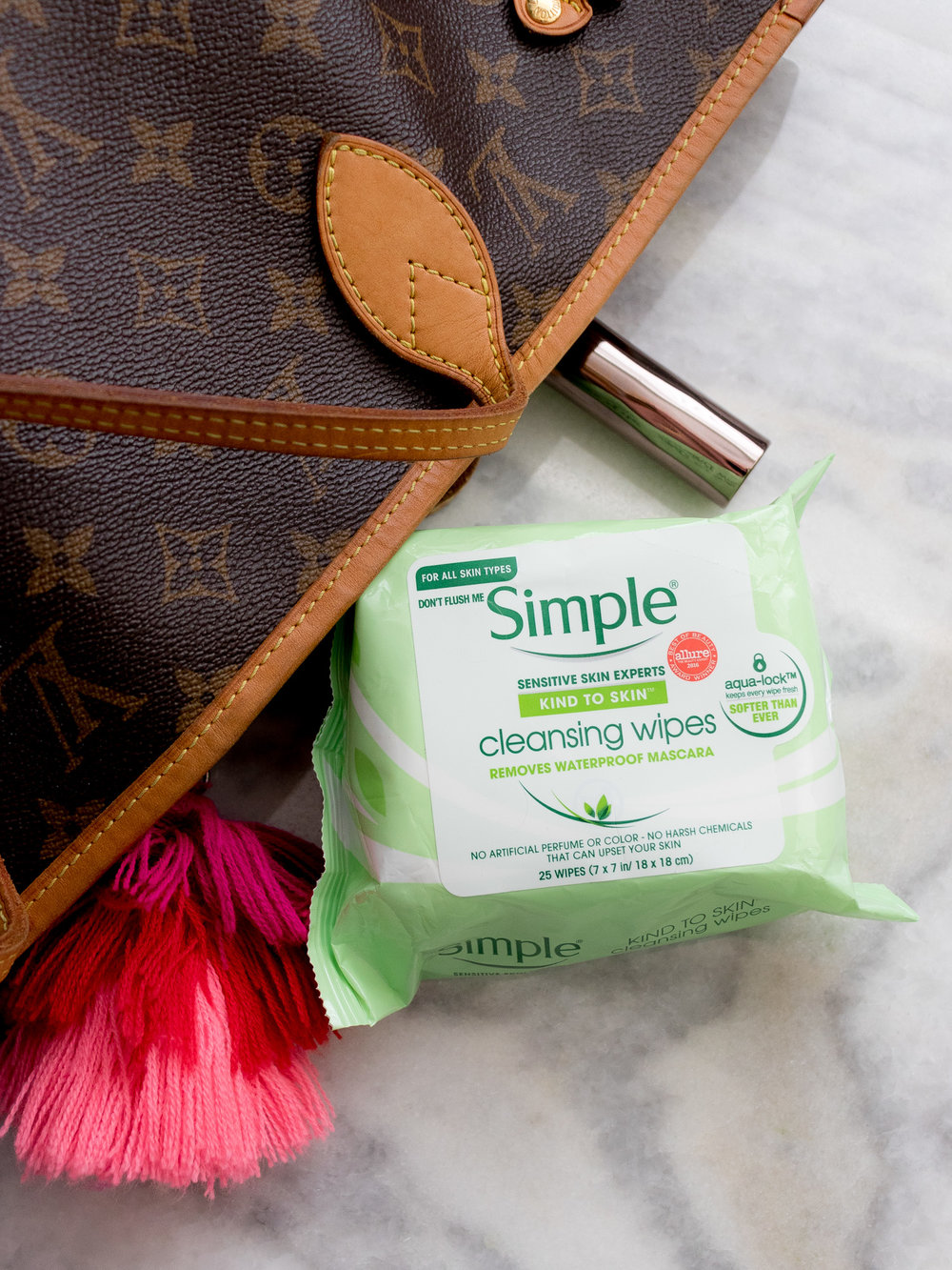 Simple Cleansing Wipes in Purse
