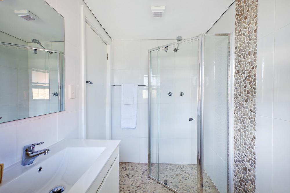 Bath PQ.jpg