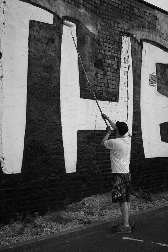 unsettle-co-lifestyle-blog-artist-interview-artist-kid-acne-in-action