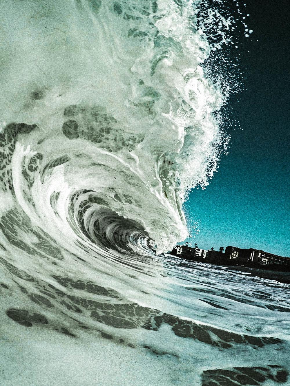 unsettle-co-lifestyle-blog-snapshots-interview-Matthew-Lawless-waves-barrels