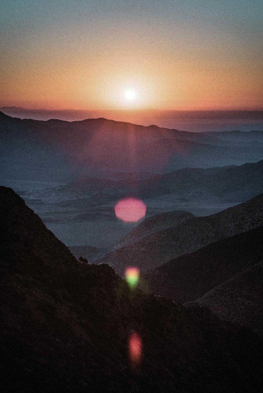 unsettle-co-lifestyle-blog-snapshots-interview-Matthew-Lawless-sunset