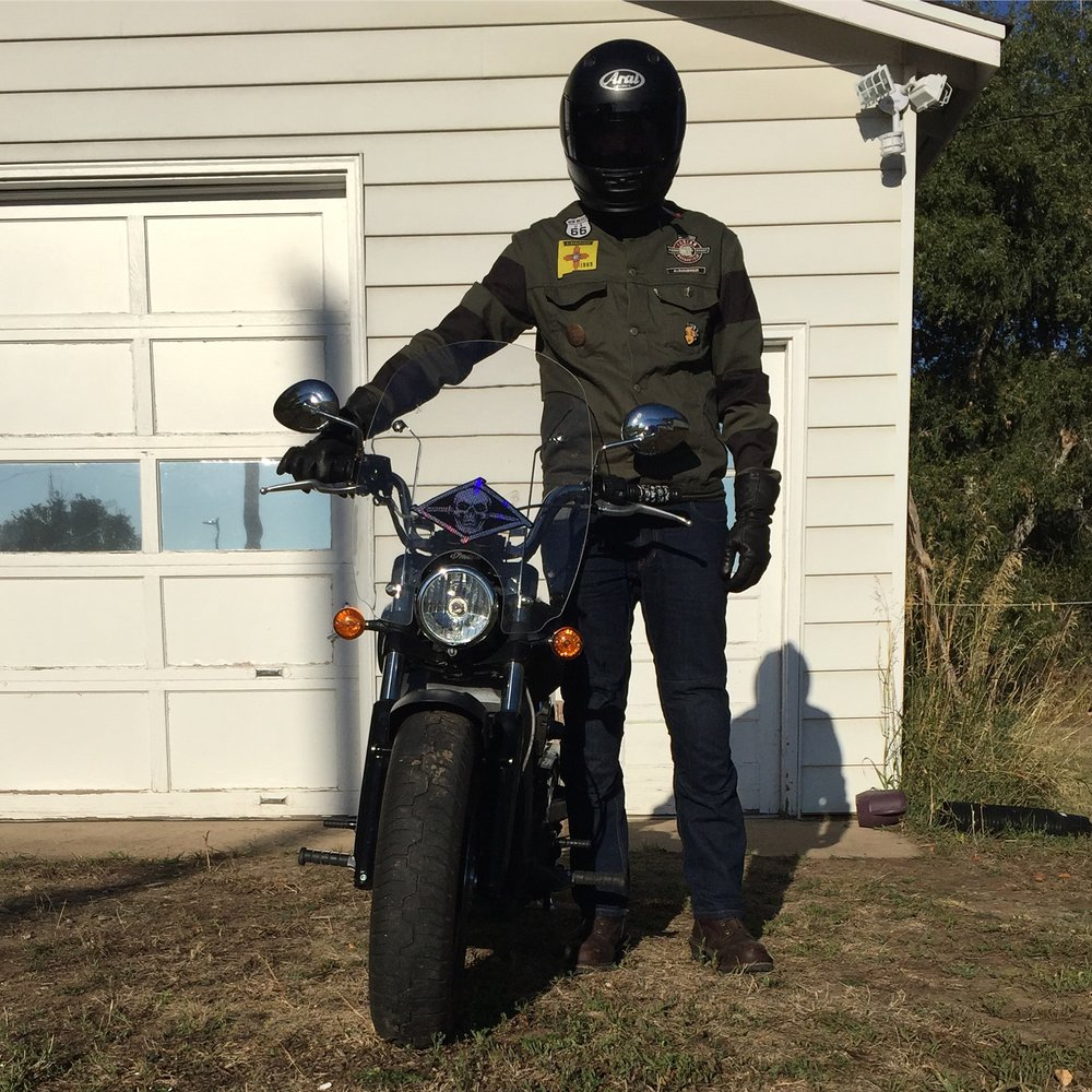 unsettle-co-lifestyle-blog-artist-interview-artist-OG-mike-giant-motorcycle
