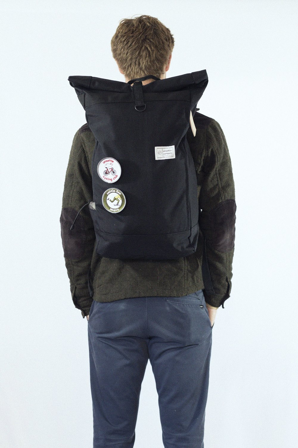 colespaceblackcommuterrolltopbackpacklookbook