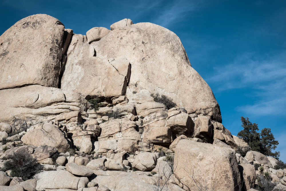 unsettle-co-lifestyle-blog-spaces-joshua-tree-national-park-rock-formation-1