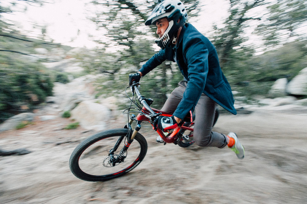 urban-cycling-blog-unsettle&co-interview-with-photographer-brian-vernor-downhill-riding