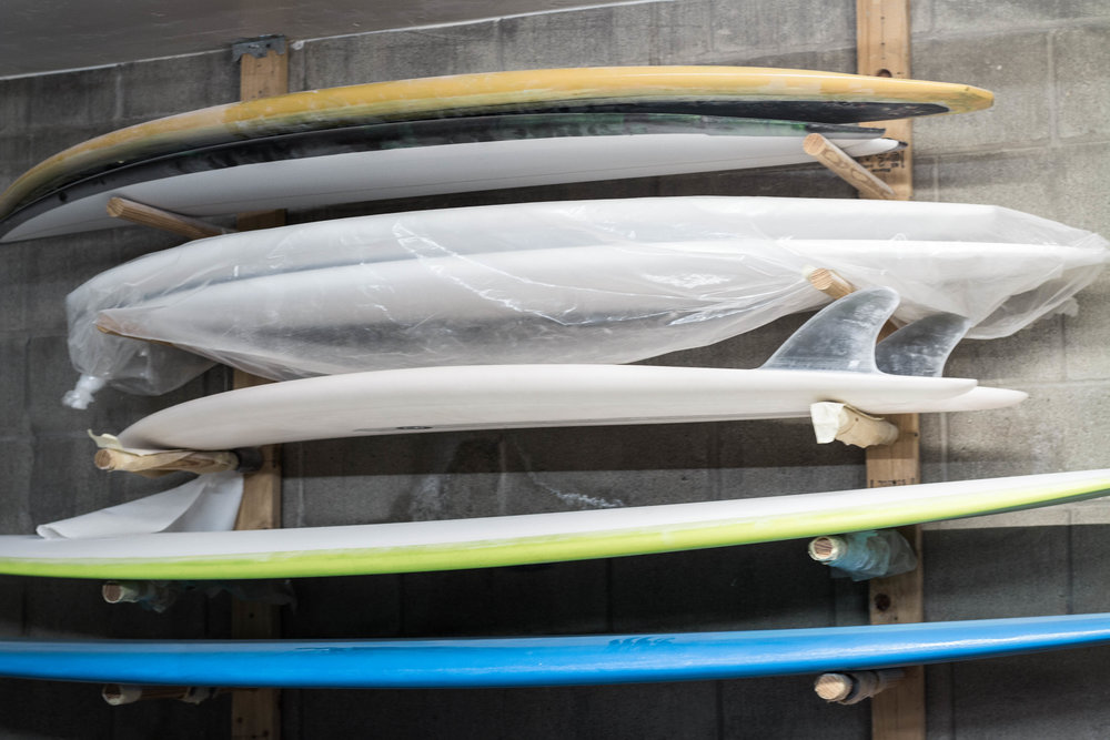 unsettle-lifestyle-blog-spaces-surf-shop-shaper-studios-san-diego-surfboard-rack