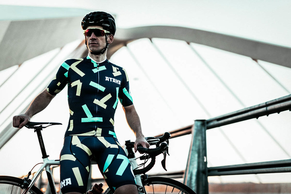 unsettle-cycling-blog-cyclist-of-the-week-cyclist-toni-de-la-torres-raw-cycling-mag-portrait