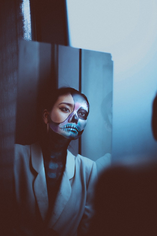 dark-mask-skull-face-shot-by-aly-mananquil