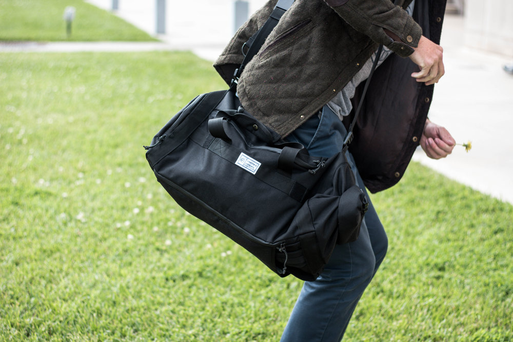 Commuter-Duffle-Pack-Outdoor-Lifestyle-2.jpg