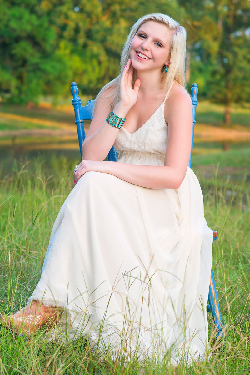 cute-blonde-farm-high-school-summer-dress-kris-spelce-photography.jpg