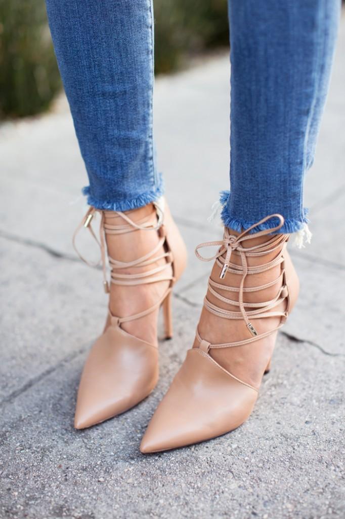 frayed-hem-jeans.jpg