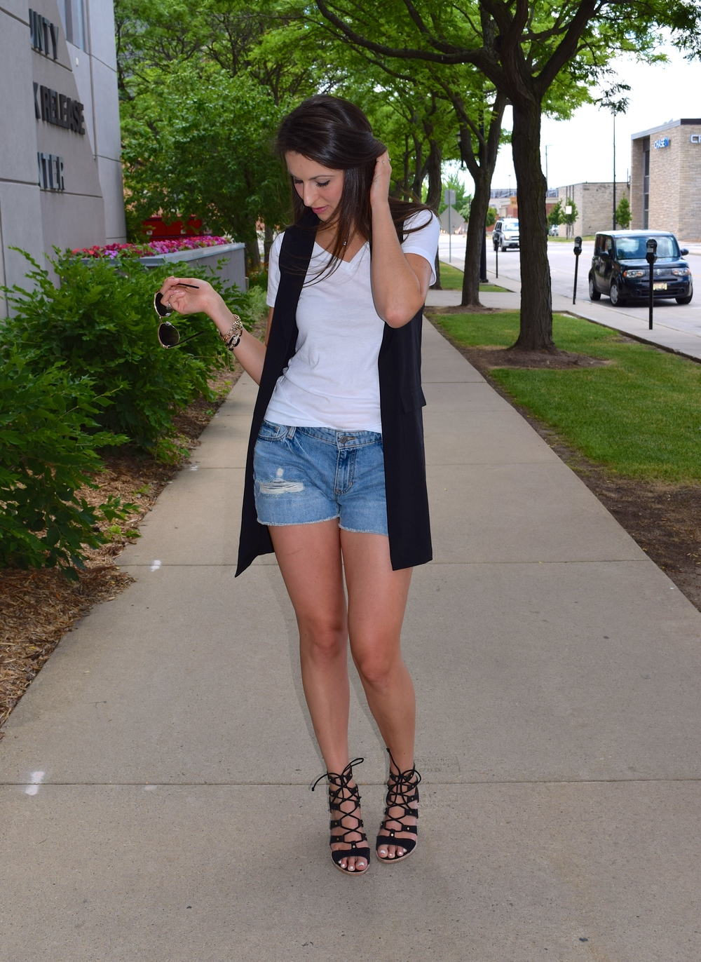 Jean shorts and maxi vest