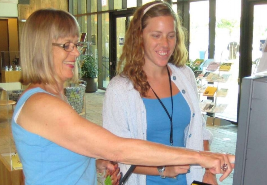 Volunteer at the Encinitas library.