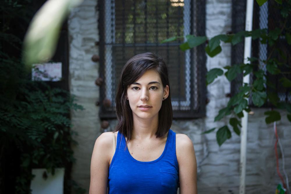 Maggie, 25- writer