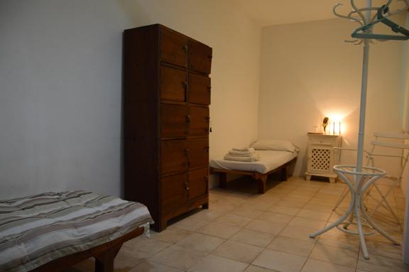 Banyon Room Inside