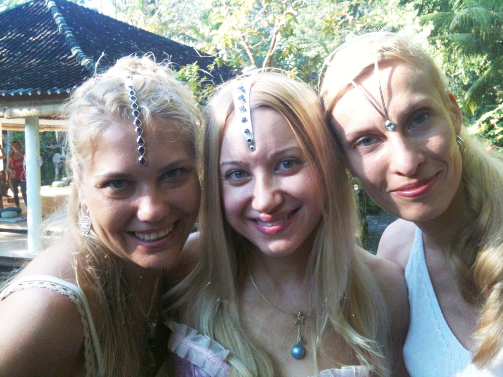 russian women 2