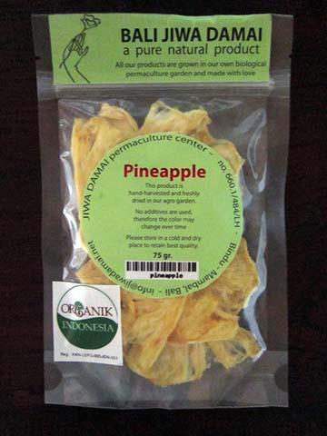 pineapple-02.jpg