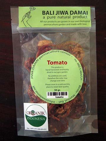 tomato-02.jpg