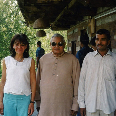 Marcos mother Roberta Angelone with Shri Atal Bihari Vajpayee during his visiting at Il Forno Italian restaurant in Manali.