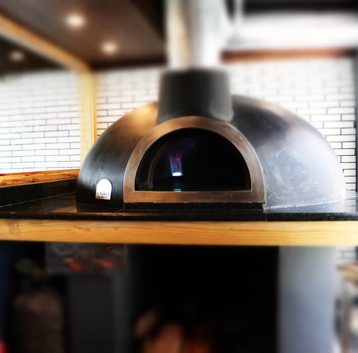 wood-fired-pizza-oven-il-forno-by-marco.JPG