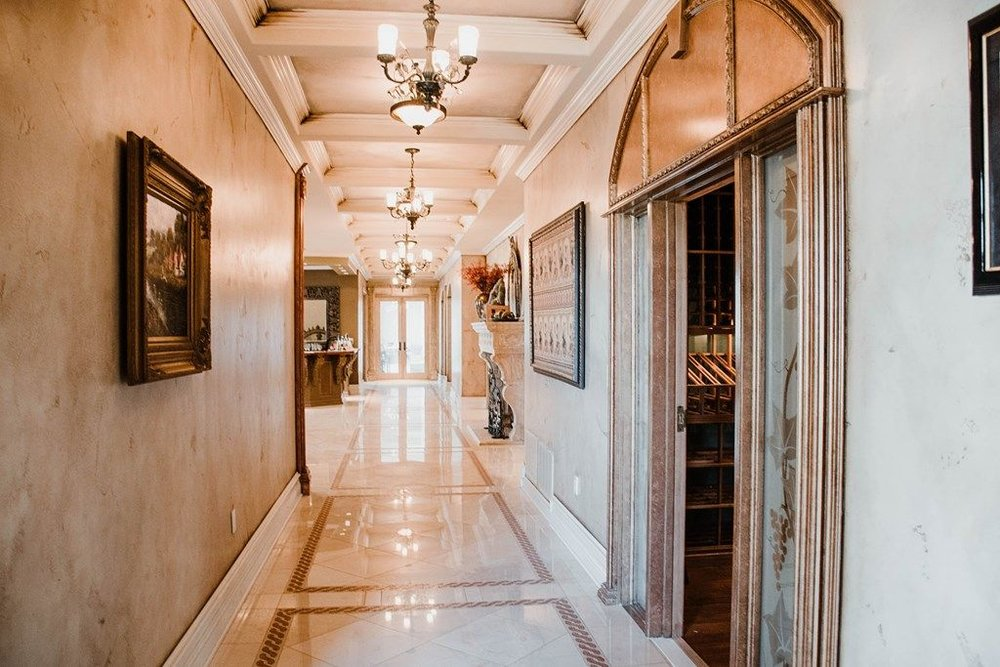 Foyers, Halls & Stairs -