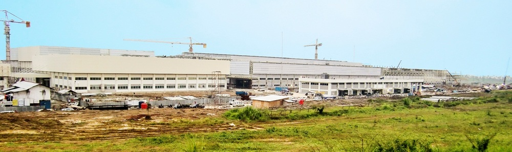 Figure 1: Just to get a feeling for the sheer size of a typical new automotive plant coming on stream soon. Here the new 338 million USD Honda 2-wheeler factory in Karawang, still under construction. We passed it on our way to the talks with near-by rival, Nissan. Capacitiy of the shown plant: 1 million motorbikes per year.