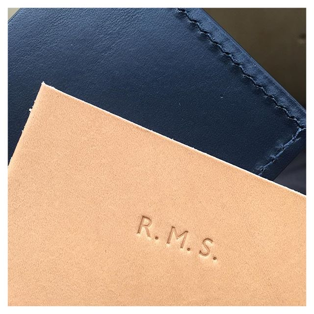 We now offer personalisation on all leather goods. It's a great way to personalise a gift for Christmas.  Just add personalisation to cart when you shop online or come visit us at the Truman Brewery today or tomorrow (11.00 - 6.00)