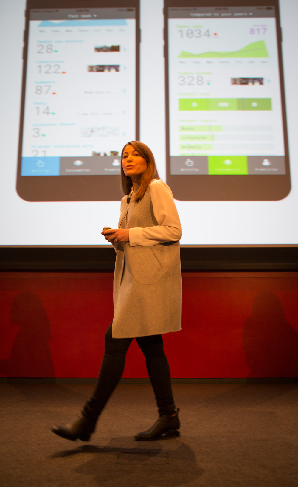 Regina Flores of Data X presents at Demo Day