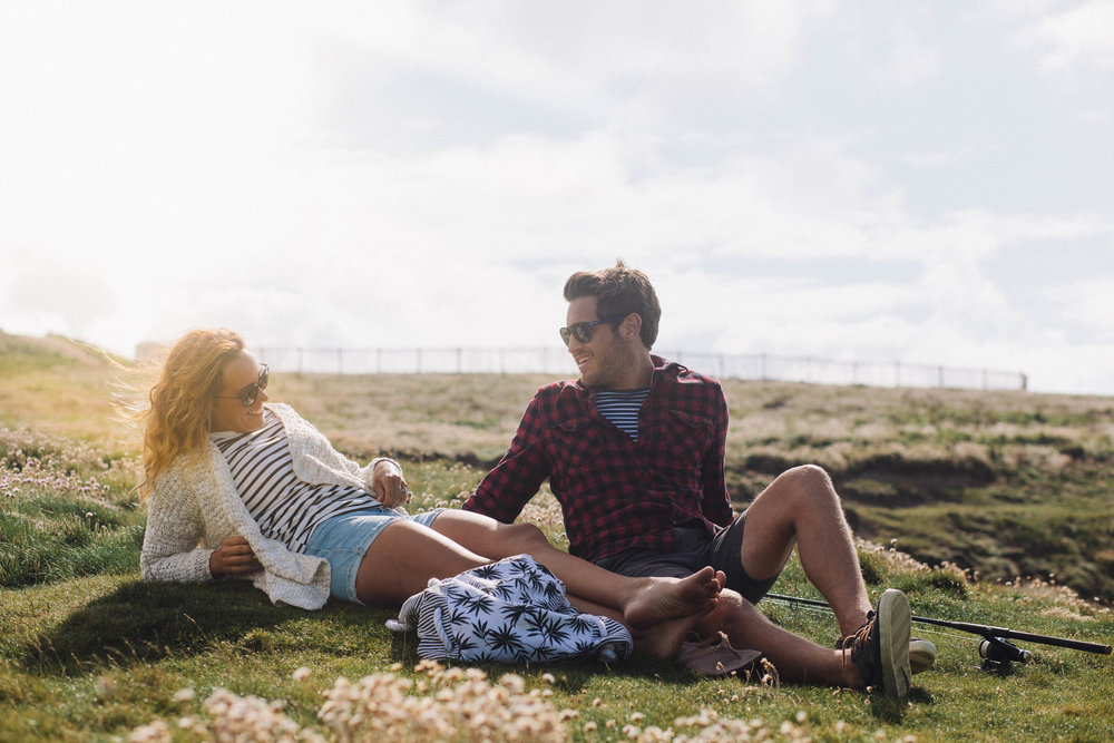 Couple relaxing in Newquay for Beach Retreats-3 | Karl Mackie Photography