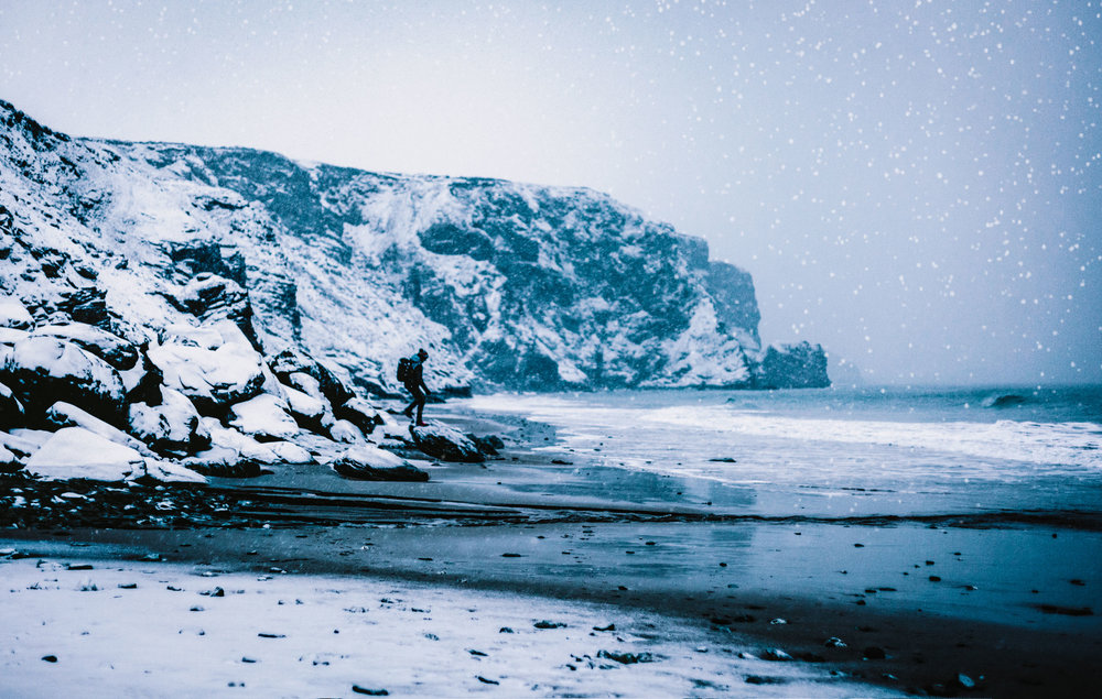Karl Mackie during the snow at Watergate Bay | Karl Mackie Photography