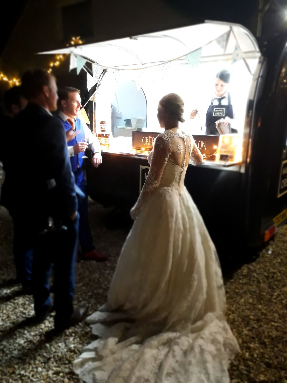mobile_creperie_retford_weddings_birthday_party_nutella_organic_homemade_fresh_french_food_caterer_madamecrepe_4