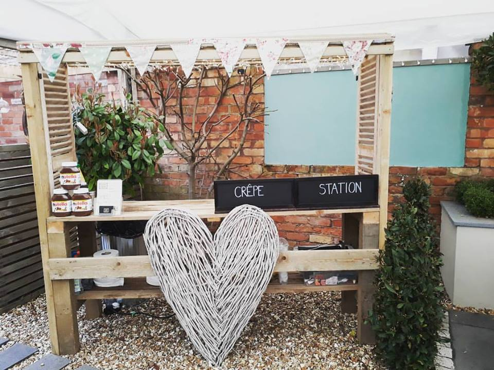mobile_creperie_retford_weddings_birthday_party_nutella_organic_homemade_fresh_french_food_caterer_madamecrepe_7