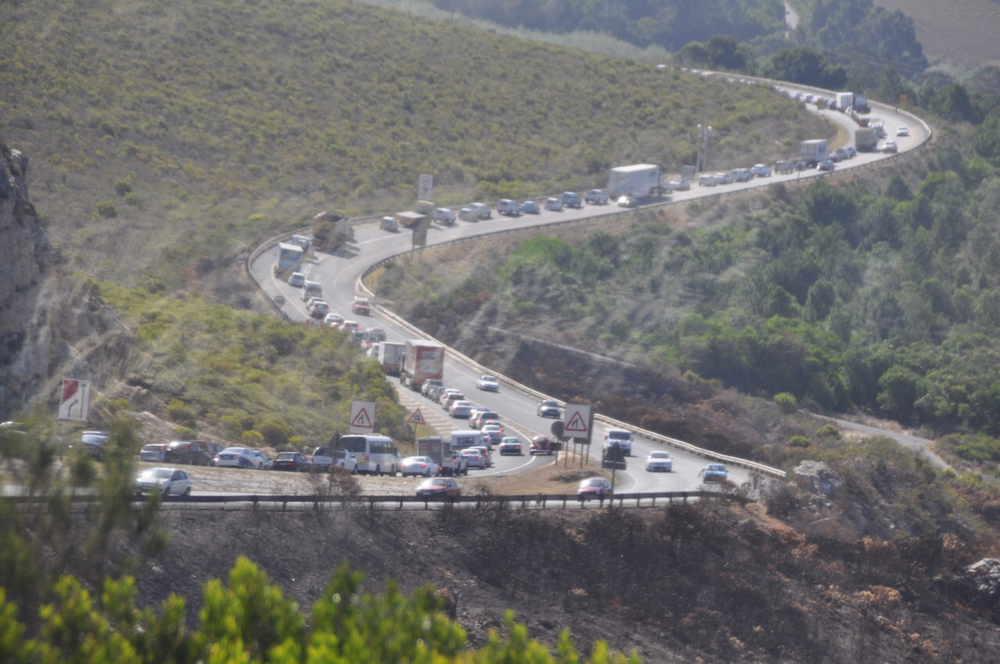 Construction slowdown on the N2 that snarled traffic on the way back from Hermanus. The more things change...