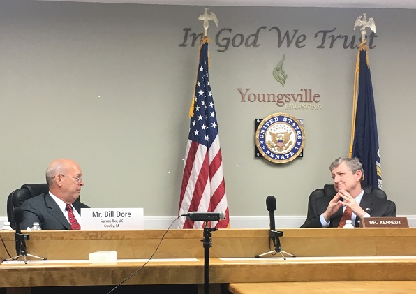 Bill Dore, Supreme Rice Mill, testifies before Senator John Kennedy.