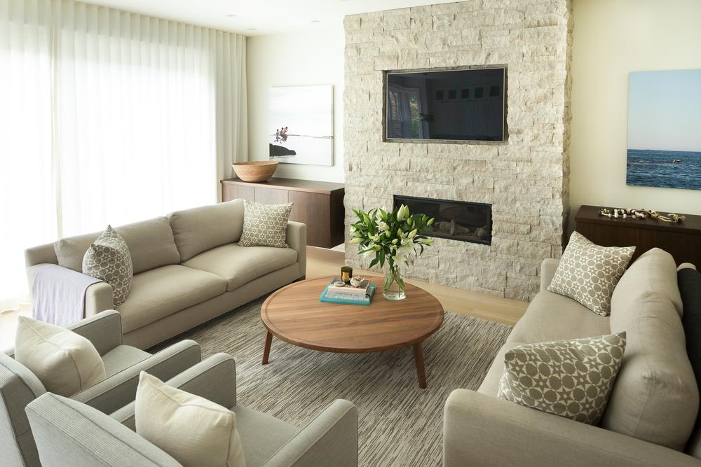 Living Room Wide1-2.JPG