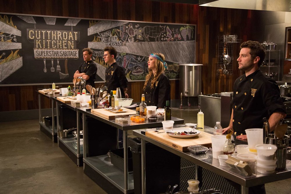 Cutthroat Kitchen - Chefs compete in 30 minute rounds to create great plates of food under hi-pressure situations.