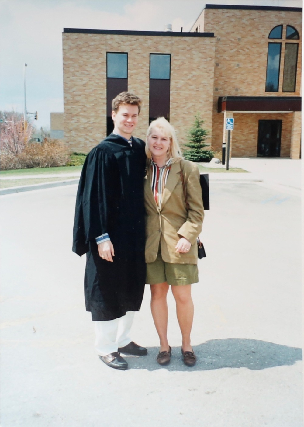 The Author Daniel Maurer in one of his life's previous incarnations. This photo is from 1994, only two years after the story in the post took place. Moorhead, Minnesota – Concordia College Graduation.