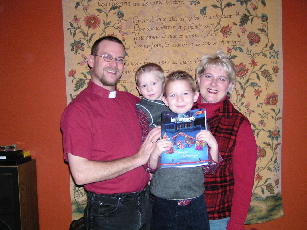 Yet another incarnation of me. Yup. Hard to believe, ain't it? Pastor Dan and his family were mostly happy. Incidentally, I was starting to go off the rails in my addiction about this time, in 2006. (Underwood, North Dakota)