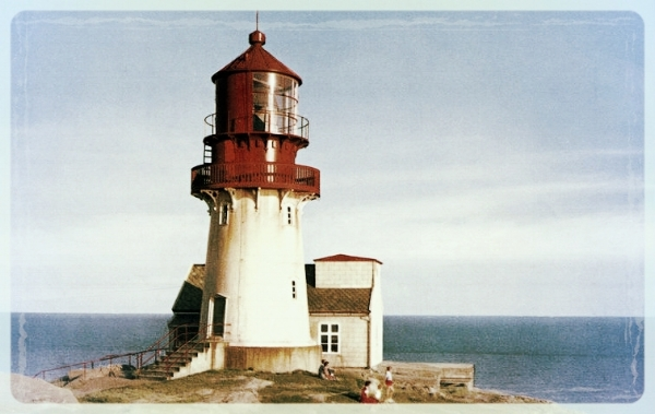 Lighthouse (Image CC0 - In Public Domain) Transformation is Real - Personal Transformation to find Meaning