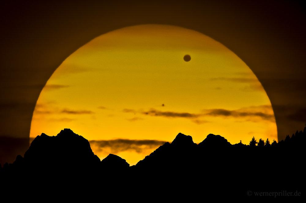 Venus.Comp.6-1.jpg